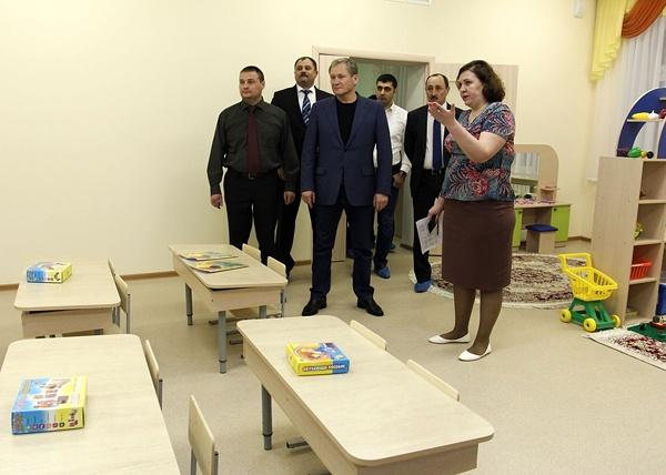 Алексей Кокорин открывает детсад в Рябково|Фото:пресс-служба губернатора Курганской области