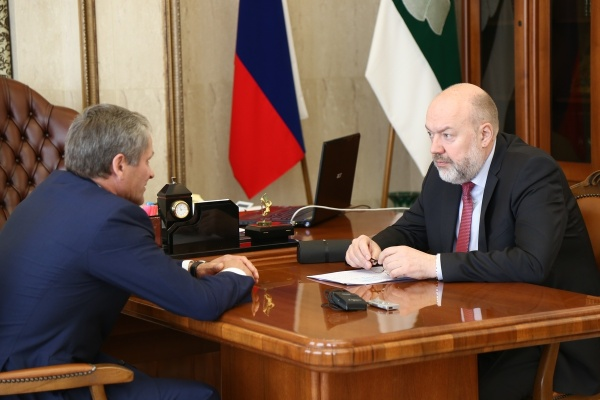 Павел Крашенинников и Алексей Кокорин|Фото:пресс-служба губернатора Курганской области