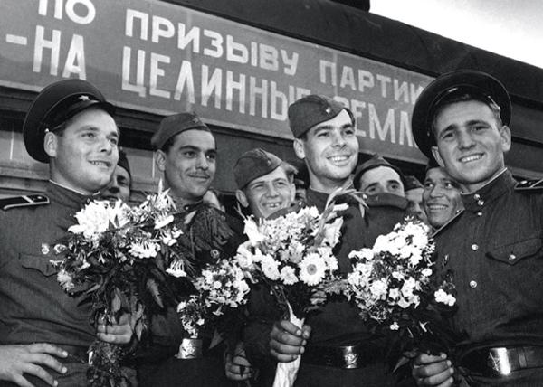 освоение целины при Хрущеве|Фото: mtdata.ru