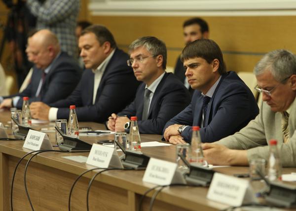 заседание ОНФ, Евгений Ревенко, Сергей Боярский|Фото: onf.ru