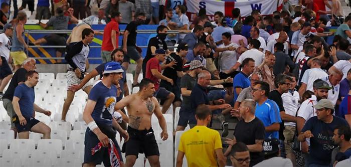 Россия, Англия, ЧЕ-2016, беспорядки, болельщики Фото: REUTERS