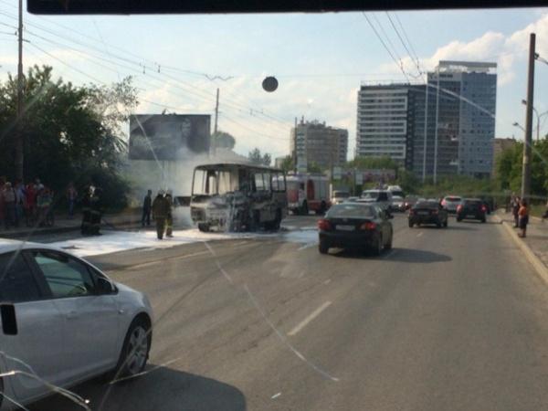 ПАЗ, автобус, пожар|Фото:http://vk.com/te_ekb